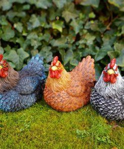 Beeld kip voor huis en tuin